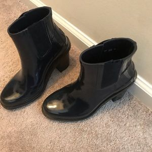 """Hunter Boots - ankle boots with 2"""" heel"""